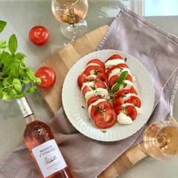 Image de la recette authentique d'une salade tomate-mozzarella